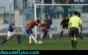 Manu Arias acab� de delantero buscando el empate