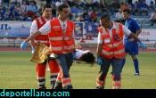 El jugador del Ja�n Chiqui, fue retirado en camilla
